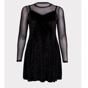 Black velvet NBC dress. Torrid size 1